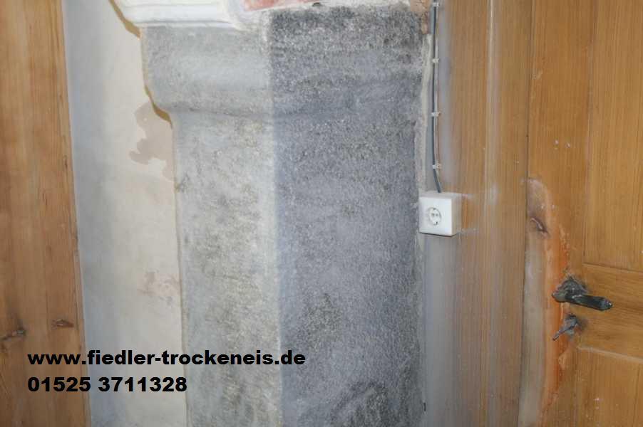 trockeneisreinigung von granit in geb uden. Black Bedroom Furniture Sets. Home Design Ideas