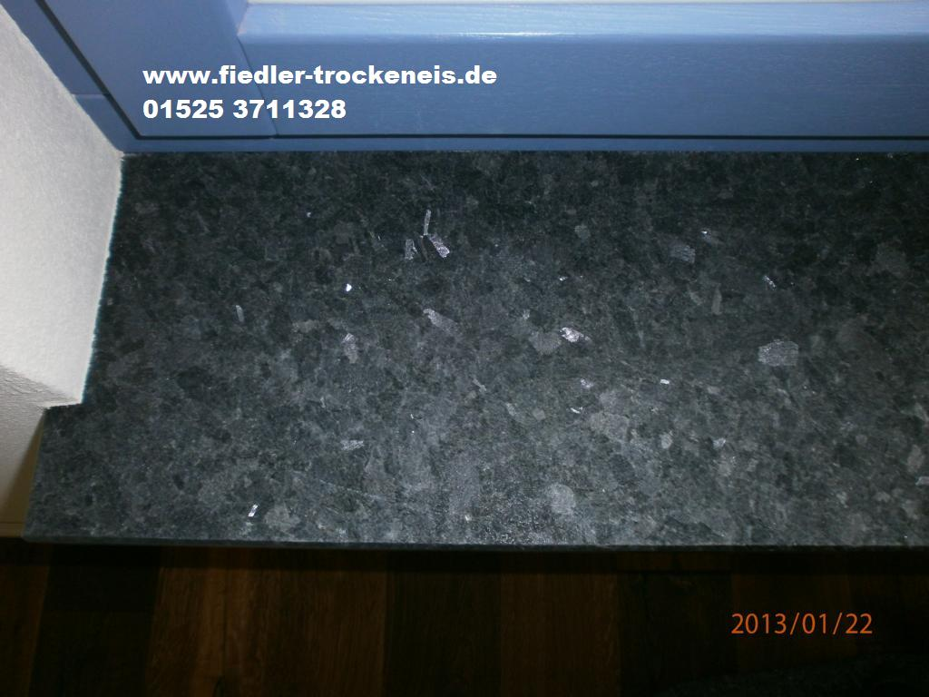 Trockeneisreinigung Fensterbank aus Naturstein