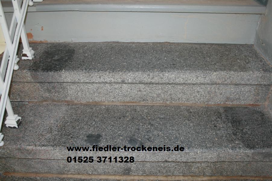 Trockeneisstrahlen Einer Treppe Aus Granit
